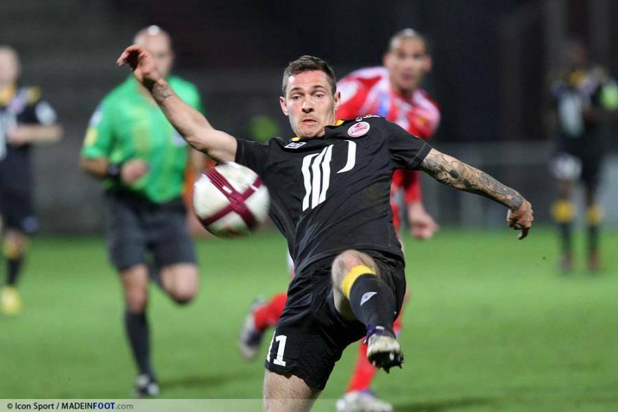 Champion de France avec Lille 2011, Ludovic Obraniak croit l'effectif actuel capable de réitérer l'exploit