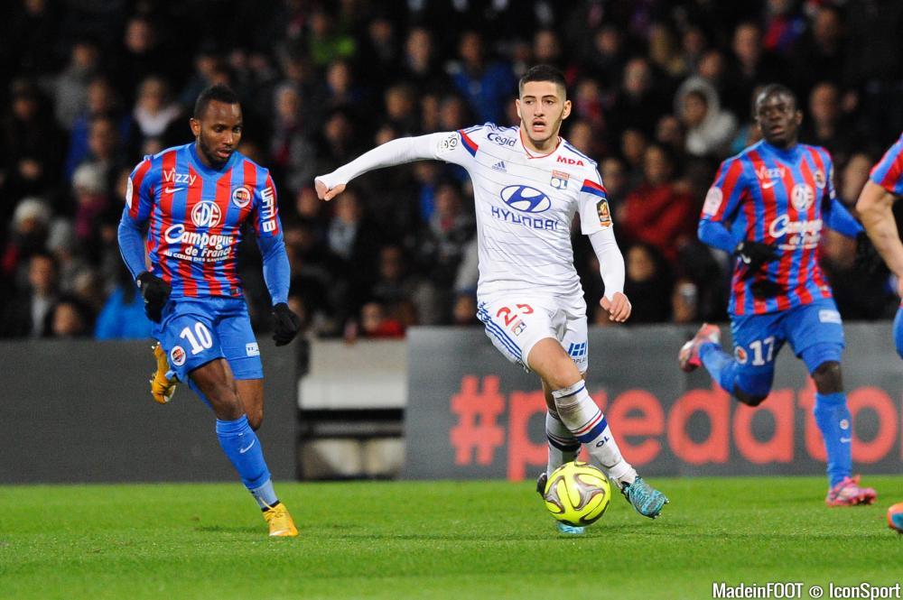 Yassine Benzia, ici sous les couleurs de l'OL, s'est engagé jusqu'en 2019 en faveur du LOSC.