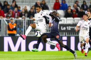 Ronny Rodelin devrait rester au Stade Malherbe de Caen.