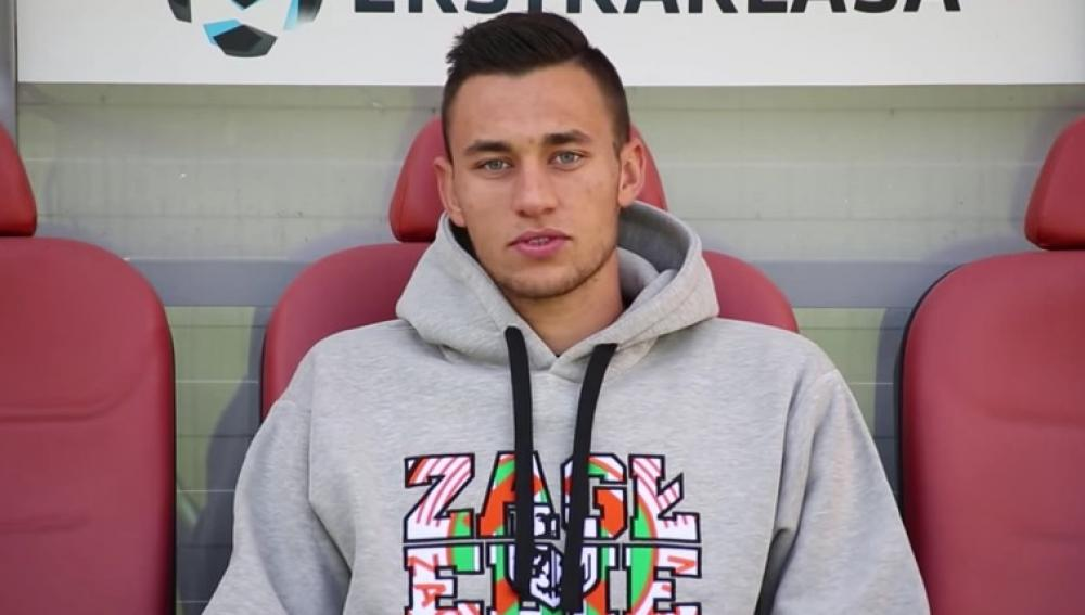 Le LOSC pense à Jaroslaw Jach pour remplacer Renato Civelli.
