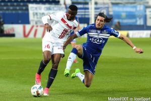 L'album photo du match entre le SC Bastia et le Lille OSC.