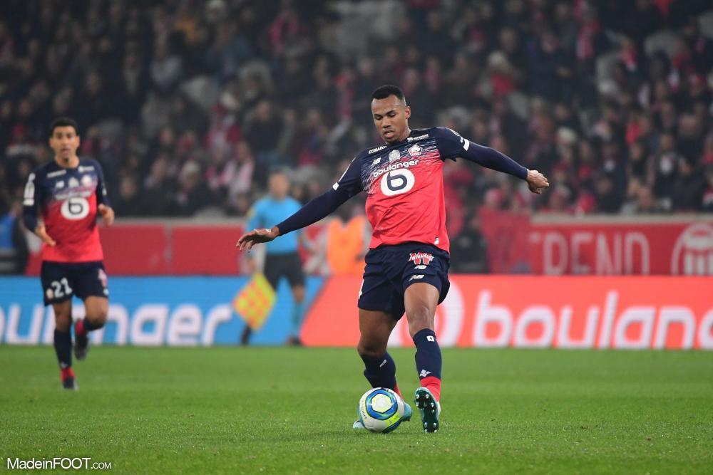 Gabriel, le défenseur central du Lille OSC, est en instance de départ.