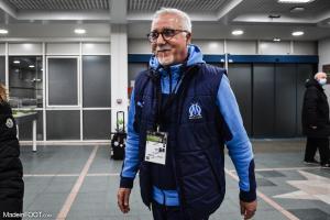 Nasser Larguet, l'entraîneur par intérim de l'Olympique de Marseille.