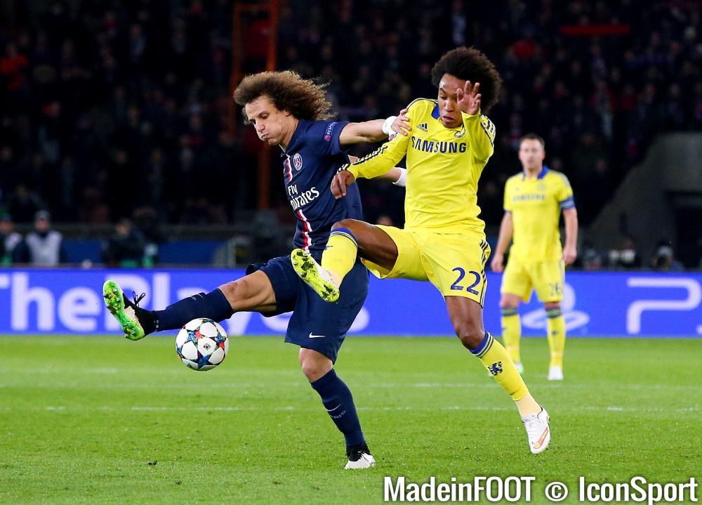 David Luiz séduit Mavuba